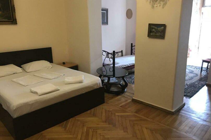 """Гостевой дом """"My Warm Guest House"""", улица Ахмеда Мелашвили, 2 на 10 комнат - Фотография 22"""