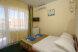 Стандартный 2-х местный номер с балконом 1,2,4,5 корпус:  Номер, Стандарт, 3-местный (2 основных + 1 доп), 1-комнатный - Фотография 59