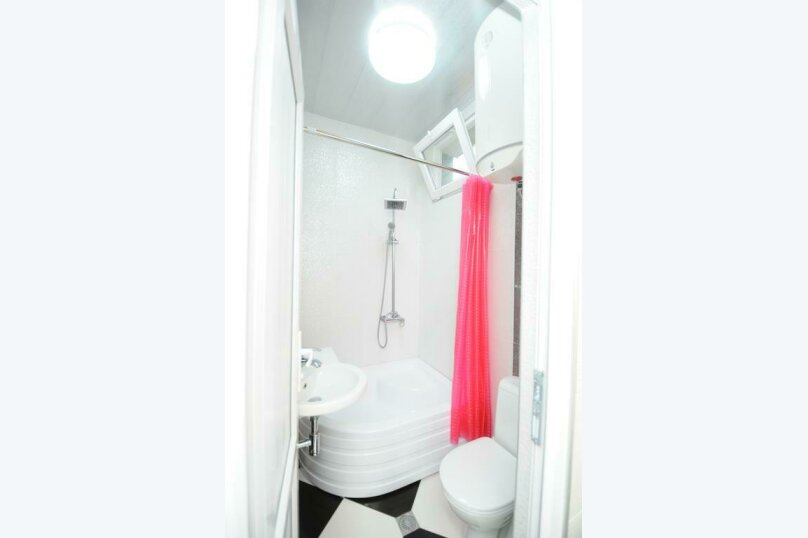 "Гостевой дом ""Dzveli Batumi"", улица Мераба Костава, 24 на 18 комнат - Фотография 73"