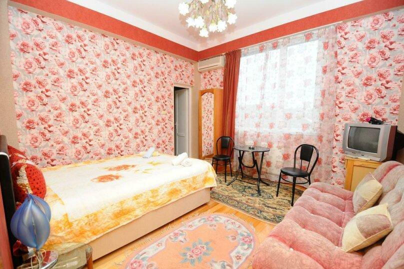"Гостевой дом ""Dzveli Batumi"", улица Мераба Костава, 24 на 18 комнат - Фотография 75"
