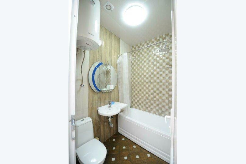 "Гостевой дом ""Dzveli Batumi"", улица Мераба Костава, 24 на 18 комнат - Фотография 42"