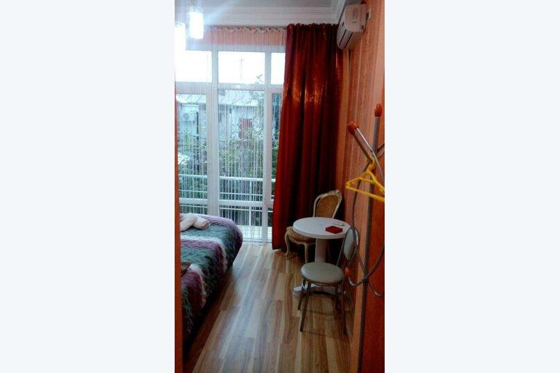 "Гостевой дом ""Dzveli Batumi"", улица Мераба Костава, 24 на 18 комнат - Фотография 35"