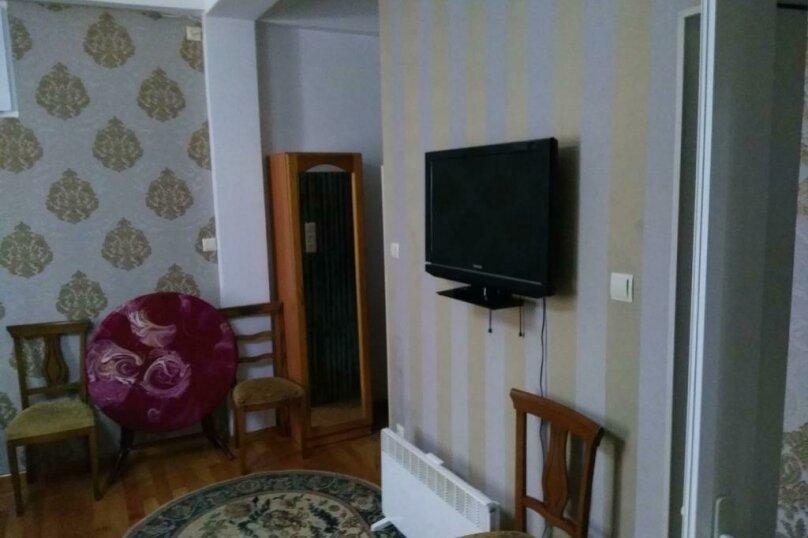 "Гостевой дом ""Dzveli Batumi"", улица Мераба Костава, 24 на 18 комнат - Фотография 20"