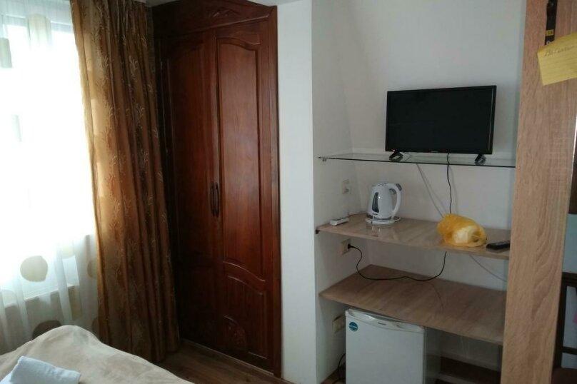 "Гостевой дом ""Dzveli Batumi"", улица Мераба Костава, 24 на 18 комнат - Фотография 10"