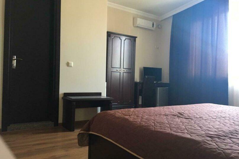 """Гостиница """"Рива"""", Парнаваз Мепе, 155 на 14 номеров - Фотография 37"""