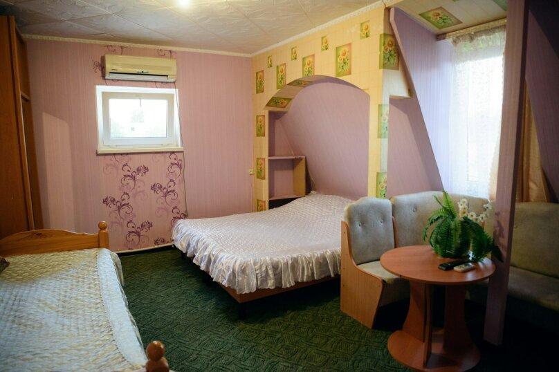 Однокомнатные апартаменты №2, 3,  4, ,5  (2 этаж, кухня общая), улица Нахимова, 53, Феодосия - Фотография 7