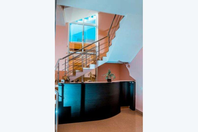 "Мини-гостиница ""Морская Сказка"", улица Просвещения, 126А на 30 комнат - Фотография 2"