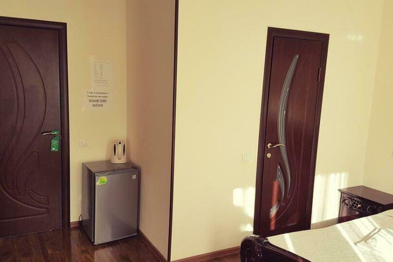 "Мини-гостиница ""Морская Сказка"", улица Просвещения, 126А на 30 комнат - Фотография 5"