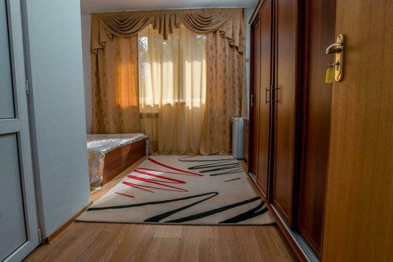 "Мини-гостиница ""Морская Сказка"", улица Просвещения, 126А на 30 комнат - Фотография 54"