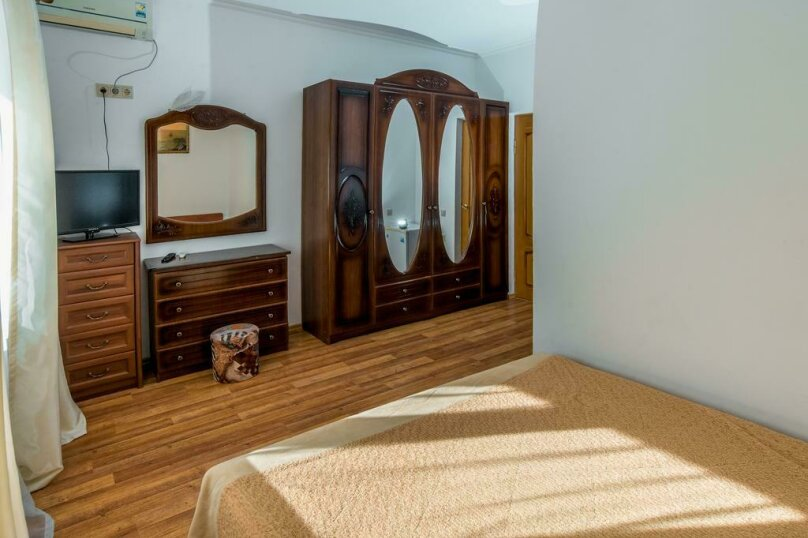 "Мини-гостиница ""Морская Сказка"", улица Просвещения, 126А на 30 комнат - Фотография 57"