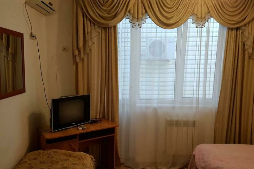"Мини-гостиница ""Морская Сказка"", улица Просвещения, 126А на 30 комнат - Фотография 33"