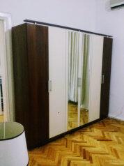 3-комн. квартира, 100 кв.м. на 10 человек, улица Мераба Костава, Тбилиси - Фотография 2