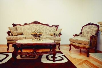 7-комн. квартира на 12 человек, проспект Александра Казбеги, Тбилиси - Фотография 2