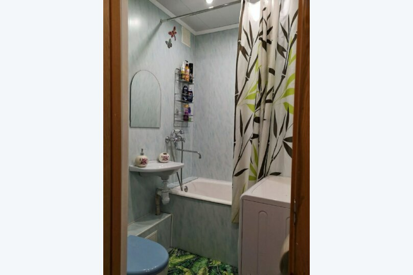 2-комн. квартира, 60 кв.м. на 4 человека, улица Шотмана, 3, Петрозаводск - Фотография 20