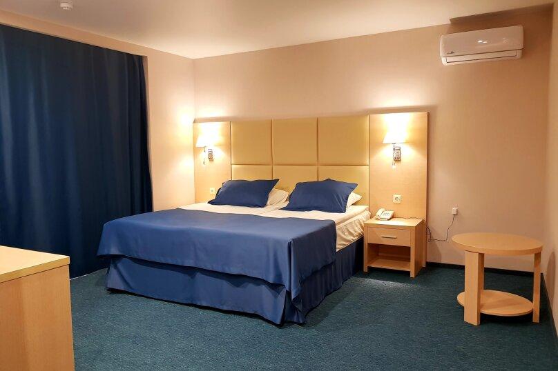 Гостиничный комплекс Дельмонт, Центральная улица, 14 на 45 номеров - Фотография 9