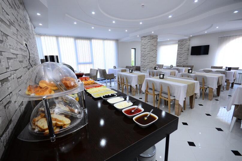 """Отель """"Dream Tower Hotel"""", Шоссе аэропорта, 64а на 32 номера - Фотография 3"""