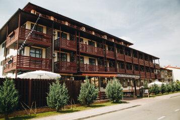 Отель, Утришская улица, 29 на 72 номера - Фотография 1