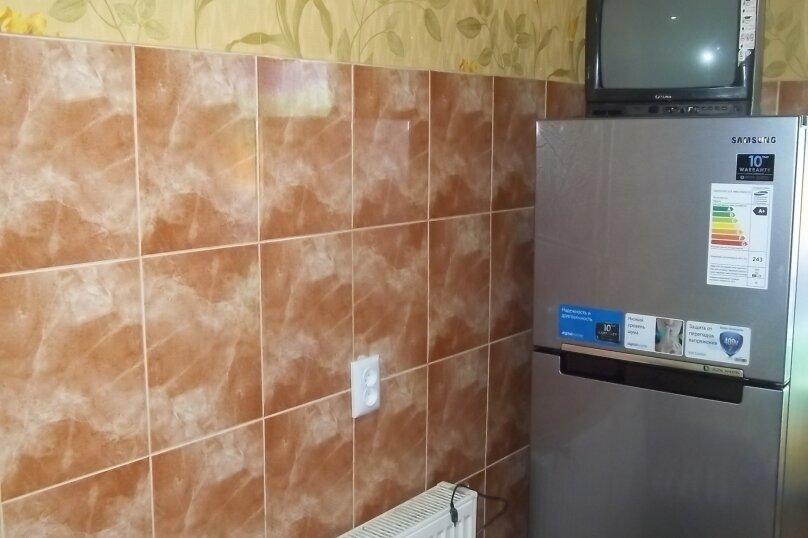 3-комн. квартира, 60 кв.м. на 6 человек, улица Шерифа Химшиашвили, 17, Батуми - Фотография 2
