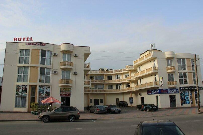 """Отель """"Prime"""", улица Табидзе, 4 на 58 номеров - Фотография 1"""