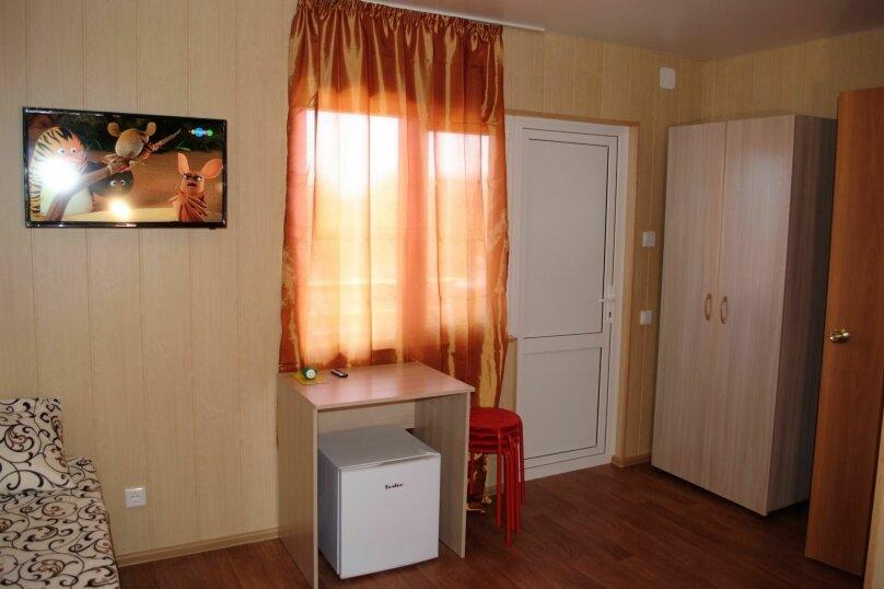 """Гостевой дом """"Маклер"""", Таманская, 106 на 6 комнат - Фотография 18"""