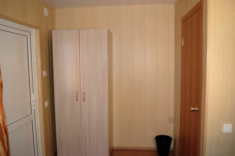 """Гостевой дом """"Маклер"""", Таманская, 106 на 6 комнат - Фотография 20"""