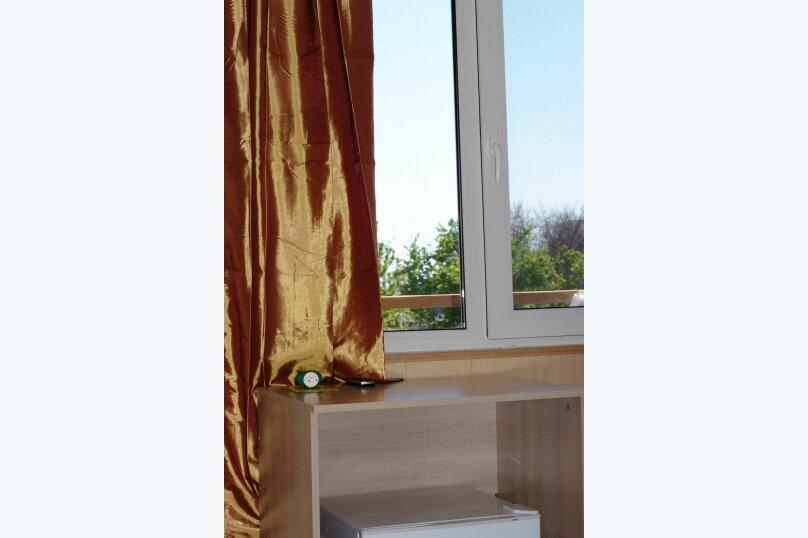 """Гостевой дом """"Маклер"""", Таманская, 106 на 6 комнат - Фотография 24"""