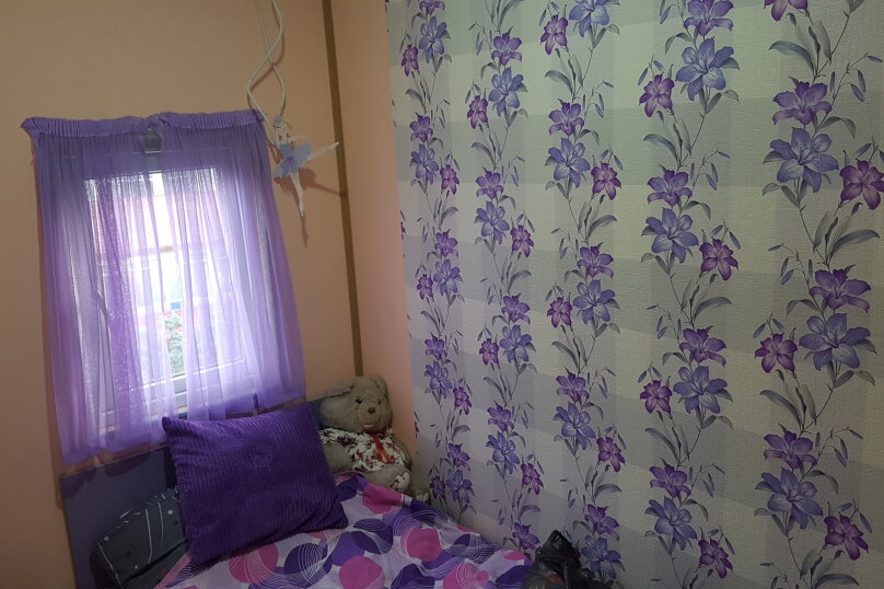 5-комн. квартира, 140 кв.м. на 9 человек, улица Инасаридзе, 4, Батуми - Фотография 14