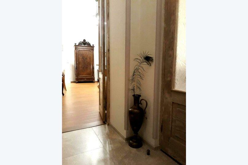 3-комн. квартира, 300 кв.м. на 4 человека, проспект Шота Руставели, 46, Тбилиси - Фотография 16