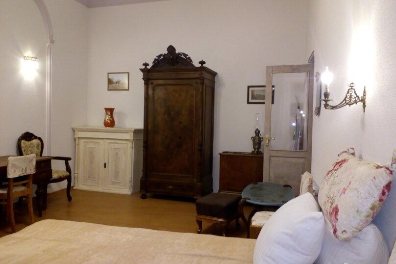 3-комн. квартира, 300 кв.м. на 4 человека, проспект Шота Руставели, 46, Тбилиси - Фотография 18