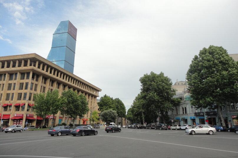 3-комн. квартира, 300 кв.м. на 4 человека, проспект Шота Руставели, 46, Тбилиси - Фотография 23