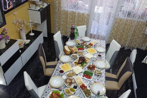 5-комн. квартира, 140 кв.м. на 9 человек, улица Инасаридзе, 4, Батуми - Фотография 1