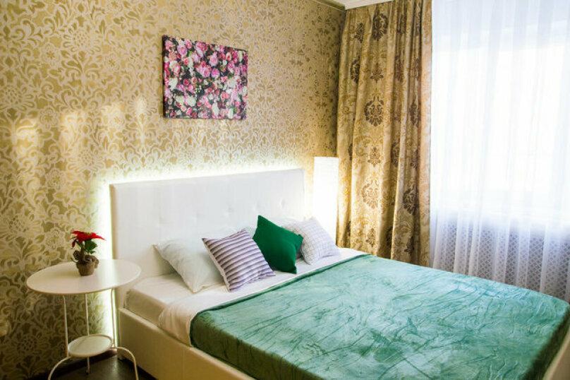 2-комн. квартира, 50 кв.м. на 4 человека, улица Красный Путь, 65, Омск - Фотография 3