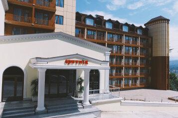 """Гостиница """"Sputnik Batumi"""", Шервашидзе подъем, 28 на 152 номера - Фотография 1"""