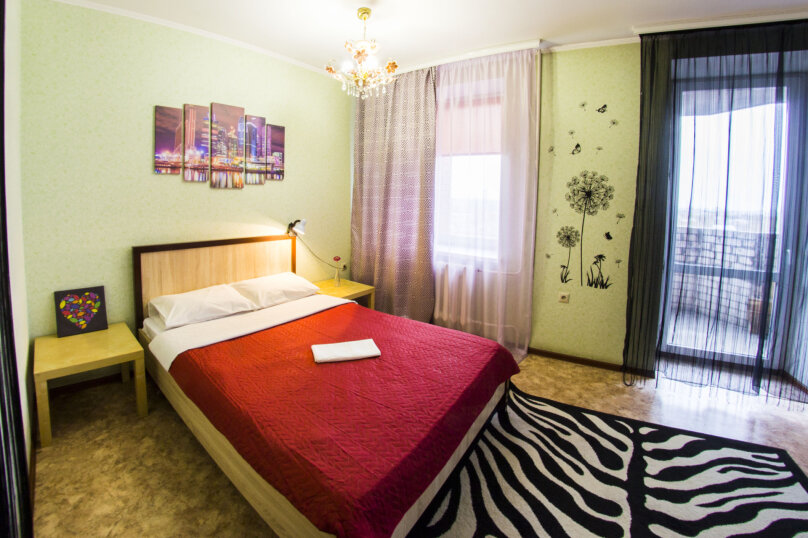 1-комн. квартира, 40 кв.м. на 3 человека, Жукова, 144, Омск - Фотография 1
