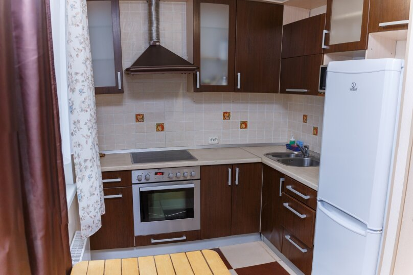 2-комн. квартира, 46 кв.м. на 5 человек, улица Варламова, 35, Петрозаводск - Фотография 6