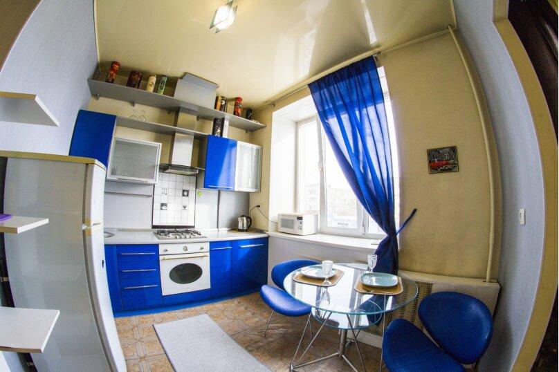 1-комн. квартира, 34 кв.м. на 2 человека, улица Масленникова, 9, Омск - Фотография 1
