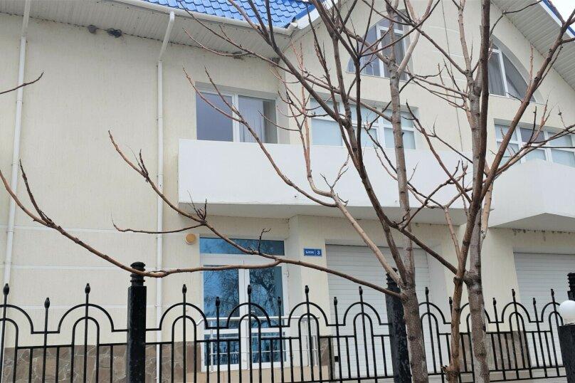 """Отель """"ЖЕМЧУЖИНА КОКТЕБЕЛЯ"""", улица Юнге, 8 на 16 номеров - Фотография 17"""