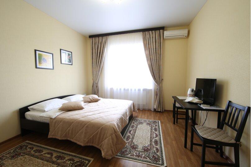 """Мини-отель """"Smart People Eco Hotel"""", улица Передерия, 68 на 17 номеров - Фотография 12"""