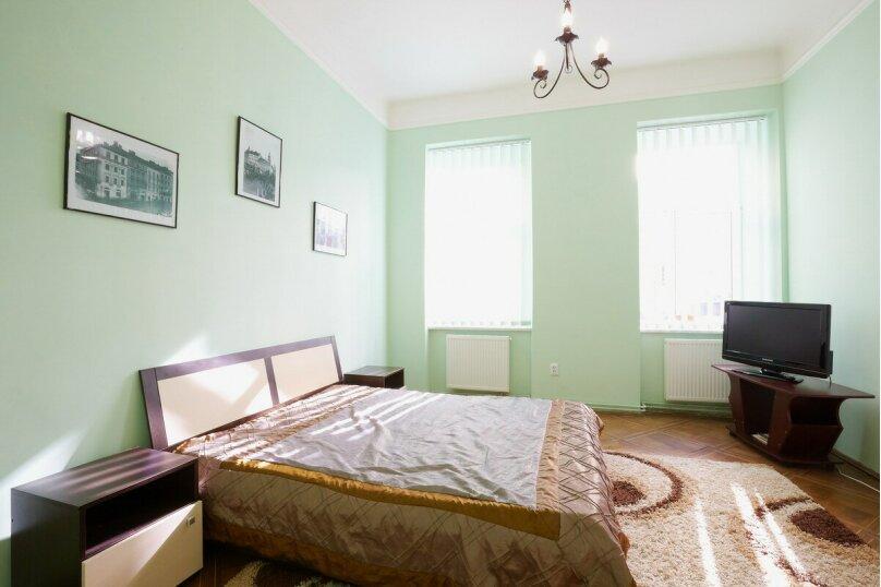 2-комн. квартира, 50 кв.м. на 4 человека, улица Спиридоновка, 24/1, Москва - Фотография 2