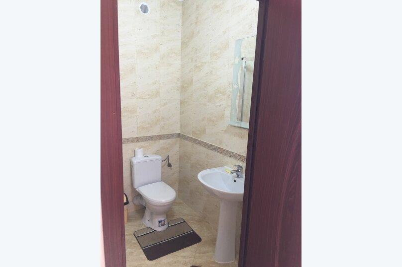 Люкс одокомнатный  30м2 ,  4х местный  , Комсомольская , 47, Оленевка - Фотография 4