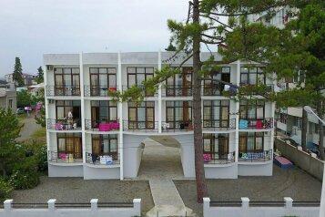 Гостевой дом «У моря», Царицы Тамары, 140 на 15 номеров - Фотография 3