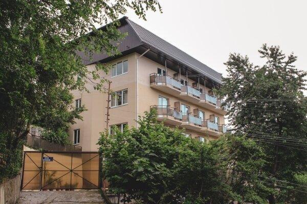 Гостевой дом, Партизанская улица, 17А на 18 номеров - Фотография 1