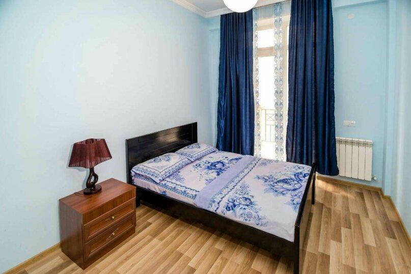 4-комн. квартира, 118 кв.м. на 10 человек, улица Георгия Кучишвили, 10, Тбилиси - Фотография 10