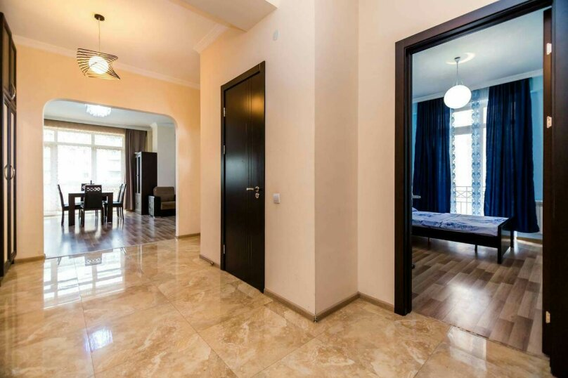 4-комн. квартира, 118 кв.м. на 10 человек, улица Георгия Кучишвили, 10, Тбилиси - Фотография 12