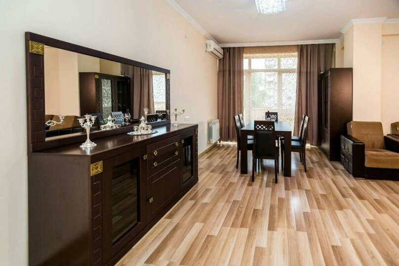 4-комн. квартира, 118 кв.м. на 10 человек, улица Георгия Кучишвили, 10, Тбилиси - Фотография 18