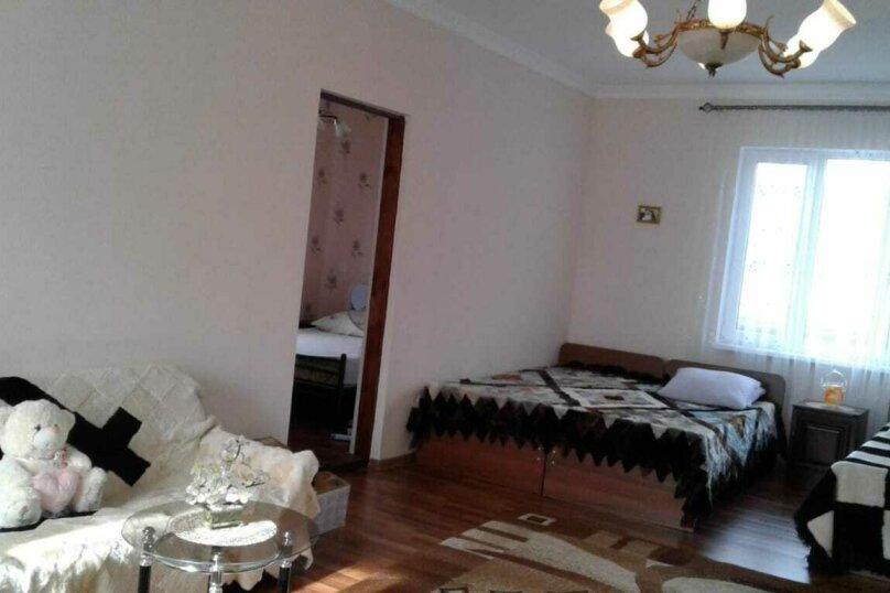 Гостевой дом  Абхазский дворик, Альпийская, 19 на 11 комнат - Фотография 4