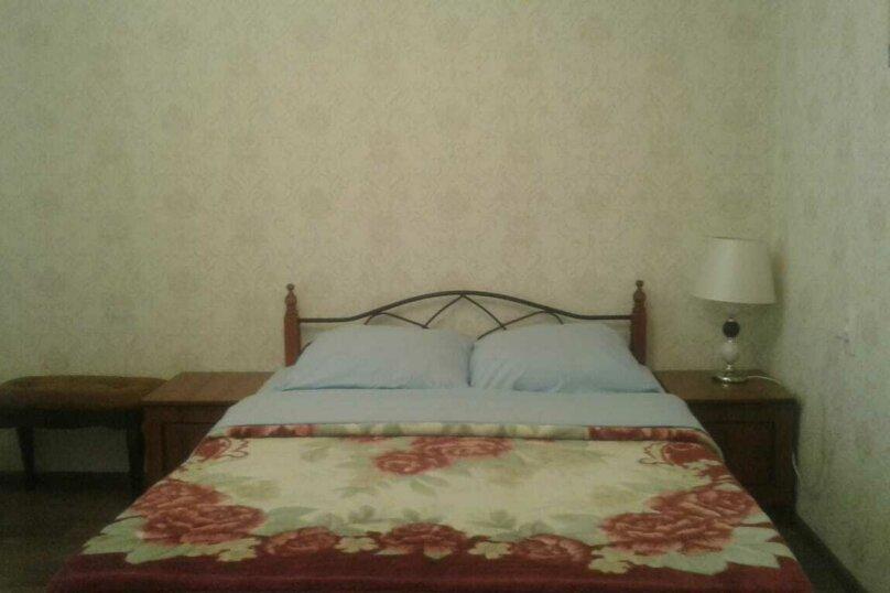 Гостевой дом  Абхазский дворик, Альпийская, 19 на 11 комнат - Фотография 12