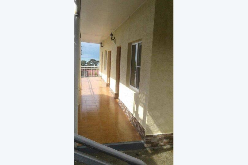 Гостевой дом  Абхазский дворик, Альпийская, 19 на 11 комнат - Фотография 18
