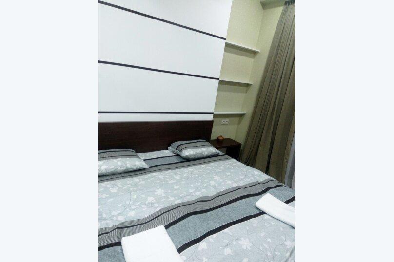 3-комн. квартира, 95 кв.м. на 4 человека, улица Павла Ингороквы, 19, Тбилиси - Фотография 2