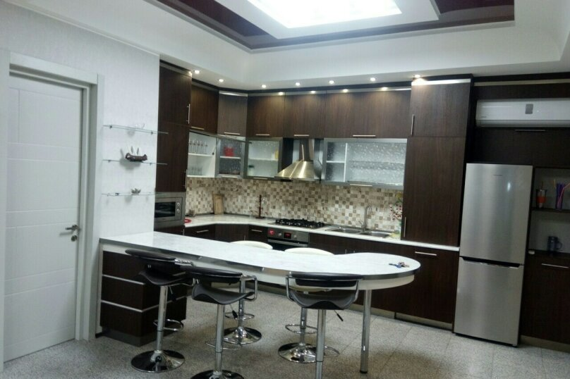 3-комн. квартира, 95 кв.м. на 4 человека, улица Павла Ингороквы, 19, Тбилиси - Фотография 9